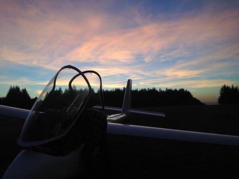PW6_Sunset_Landing.jpg